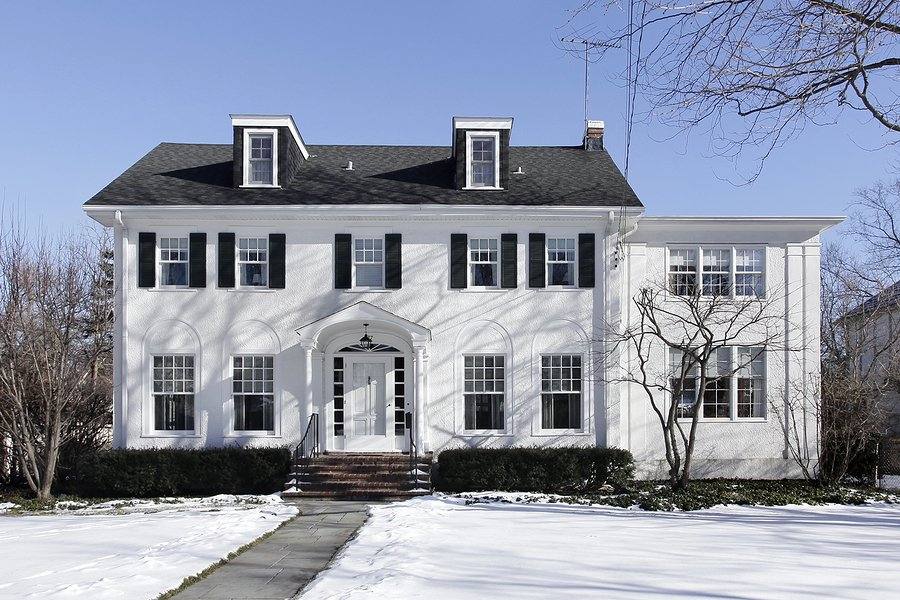A home with inefficient windows in winter means a higher heating bill for homeowners.